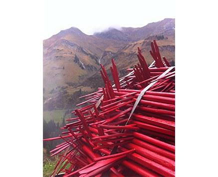 © ONA B. - Aus der Serie// Das Heu ist schon trocken in den Bergen// (Ausschnitt), 2014, Pigmentdruck auf Kunstdruckkarton, 40 x 50 cm
